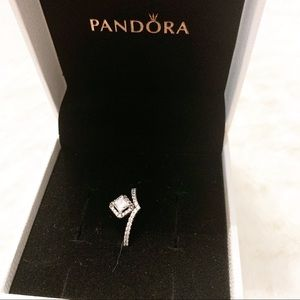 NWT Pandora Square Sparkle Wishbone Ring